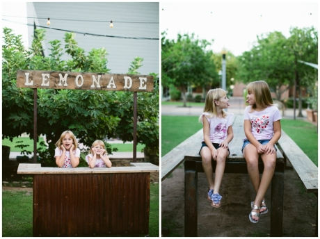 lemonade stand family photo